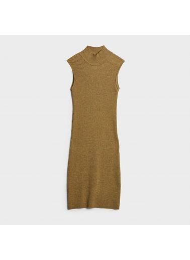 Yargıcı Elbise Sarı